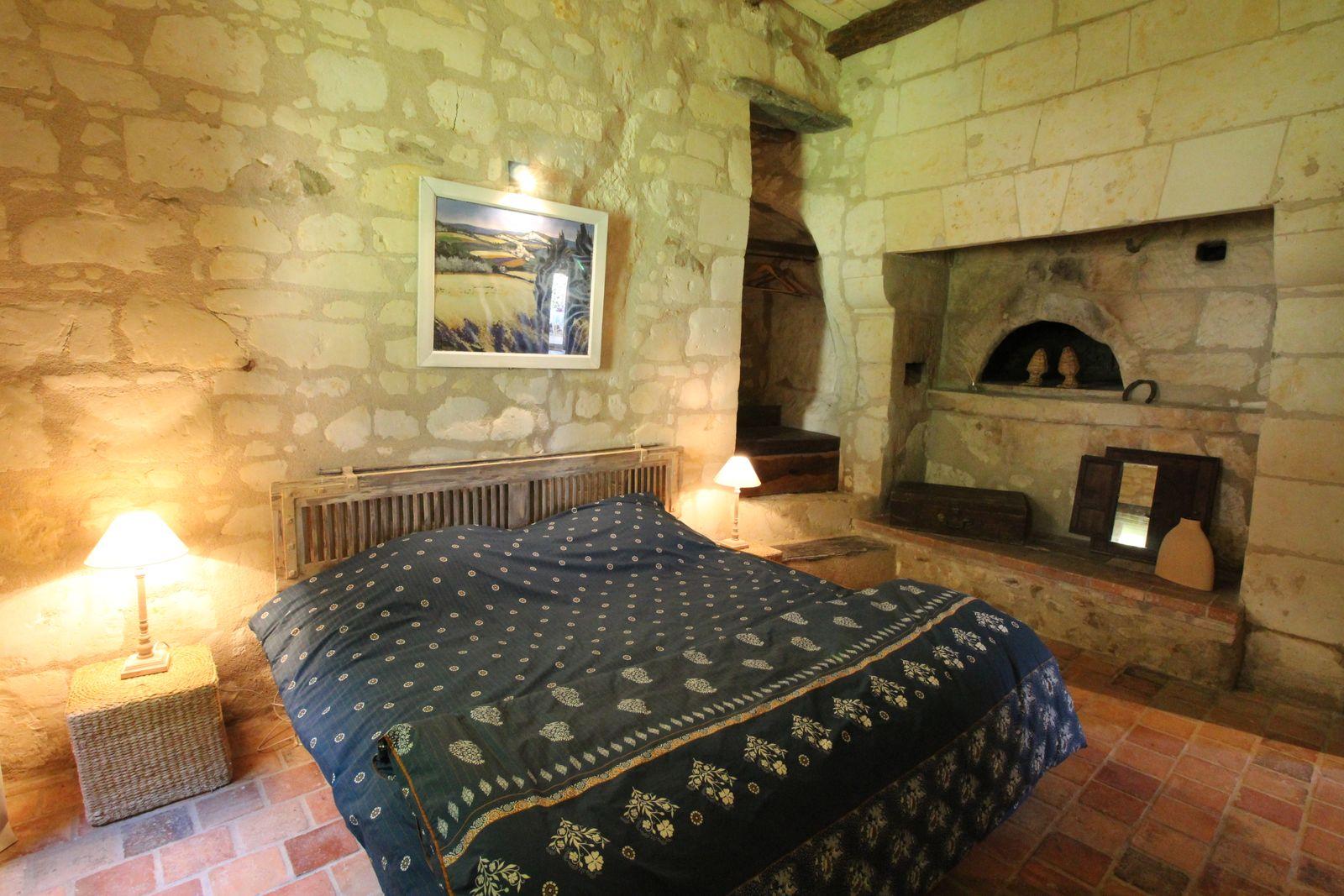 Chambre 1 du Troglo (2 lits de 90cm