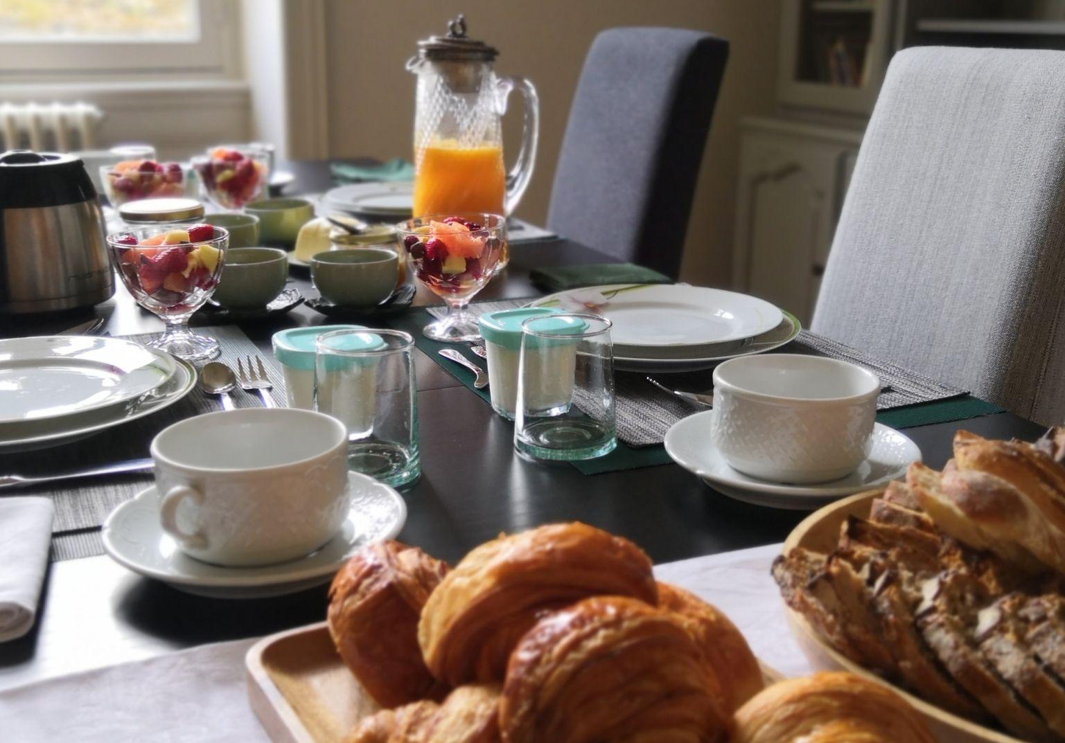 Petit Déjeuner aux Tilleuls