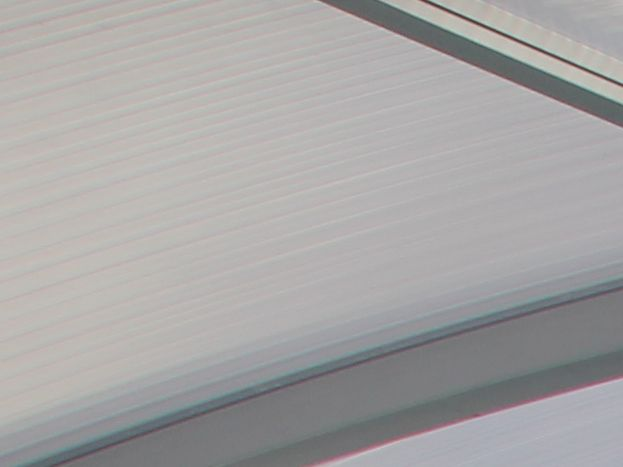 Piscine couverte et chauffée avec dome découvrable en plusieurs parties