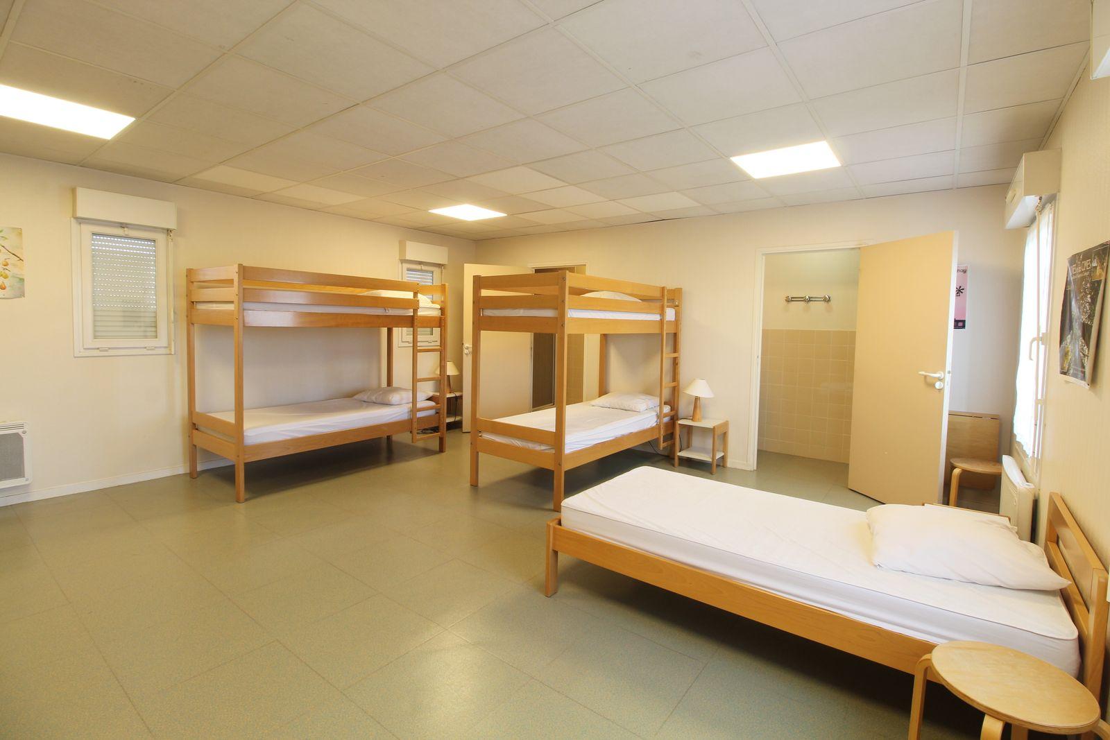 Chambre n°5 : 2 lits superposés et un lit simple 1er étage