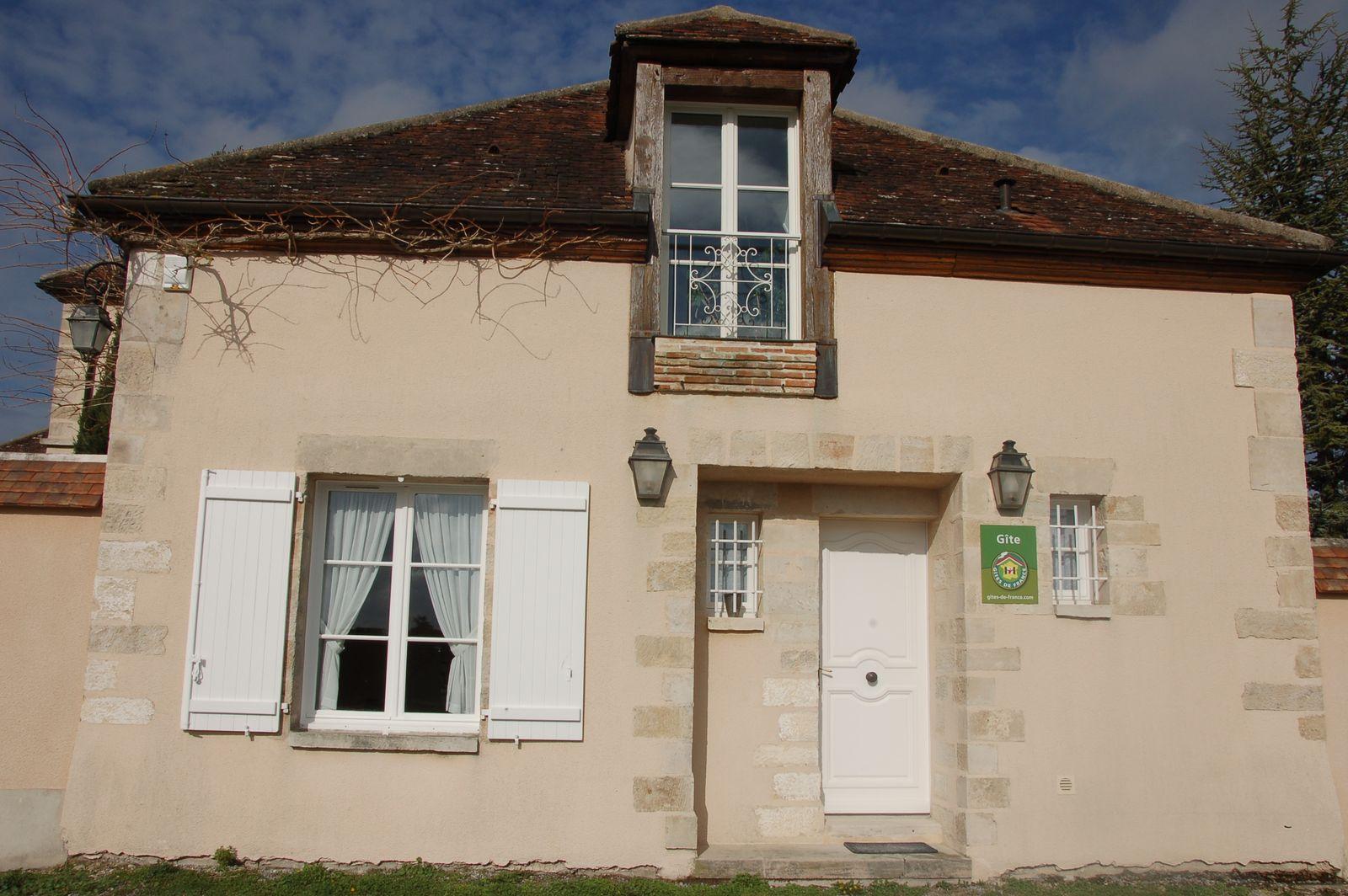 Entrée principale de notre 51G465 - Le Cabanon Champenois - Ambonnay - Gîtes de France Marne