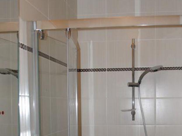 salle d'eau rez-de-chaussée 51G467 - Aux Crocus - Bouy - Gîtes de France Marne