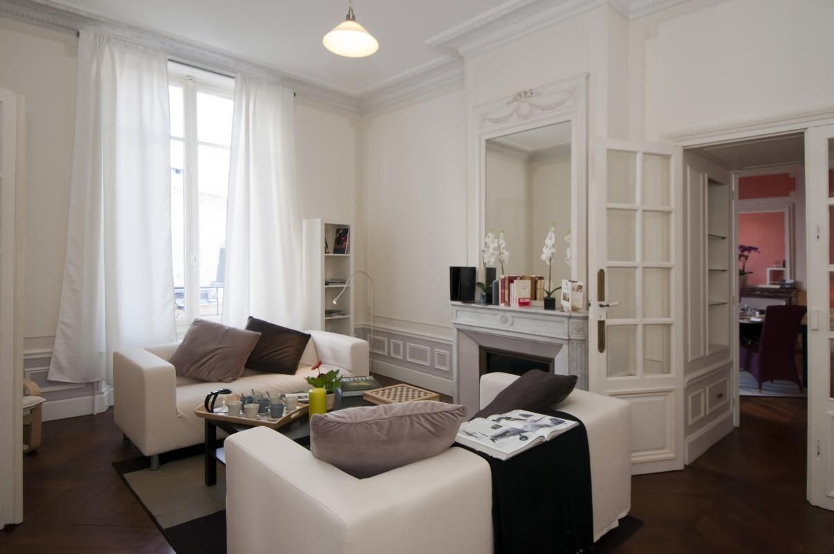 51G401 - Le Champagne Banque - Epernay - Gîtes de France Marne