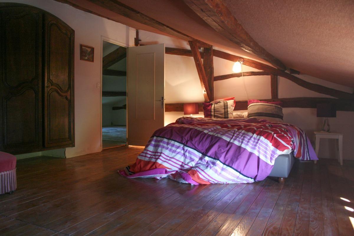 Chambre à l'étage. 51G416 - Sous l'Orme en Argonne - Les Charmontois - Gîtes de France Marne