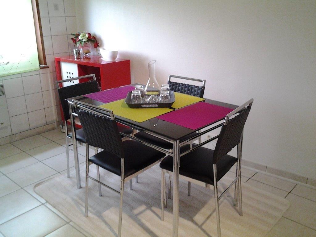 coin repas 51G466 - Chez Bri-Gîte - Loisy sur Marne - Gîtes de France Marne