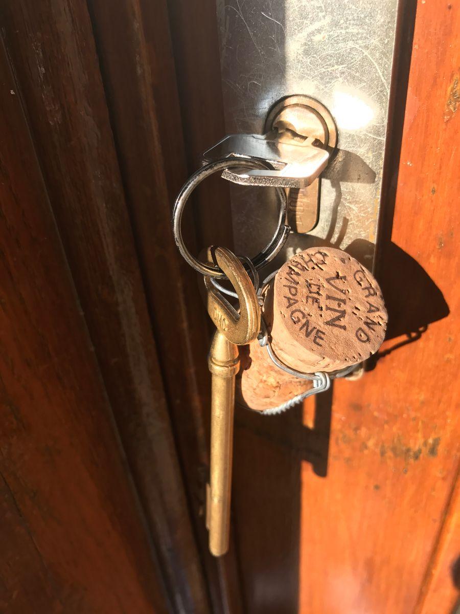 Les clefs ! 51G472 - La maison du vigneron - Vincelles - Gîtes de France Marne