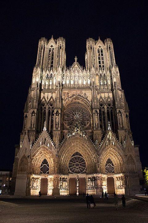 Cathédrale de Reims 51G472 - La maison du vigneron - Vincelles - Gîtes de France Marne