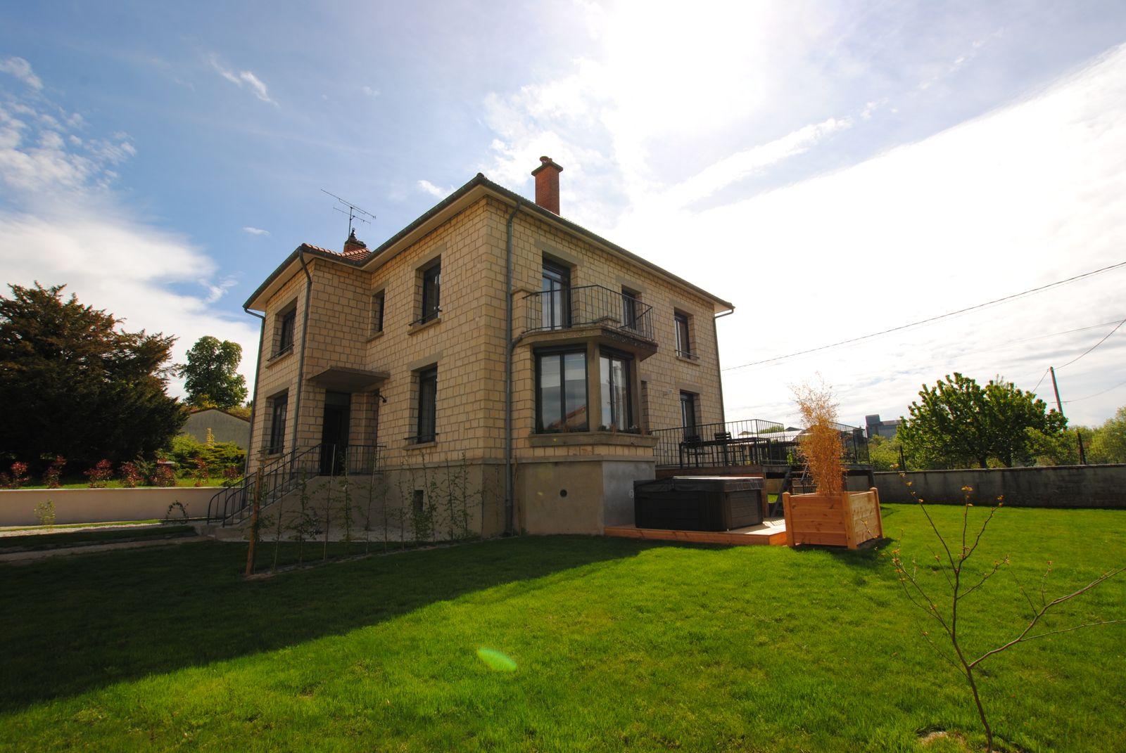 51G494 - Pogny - La Maison Gabriel