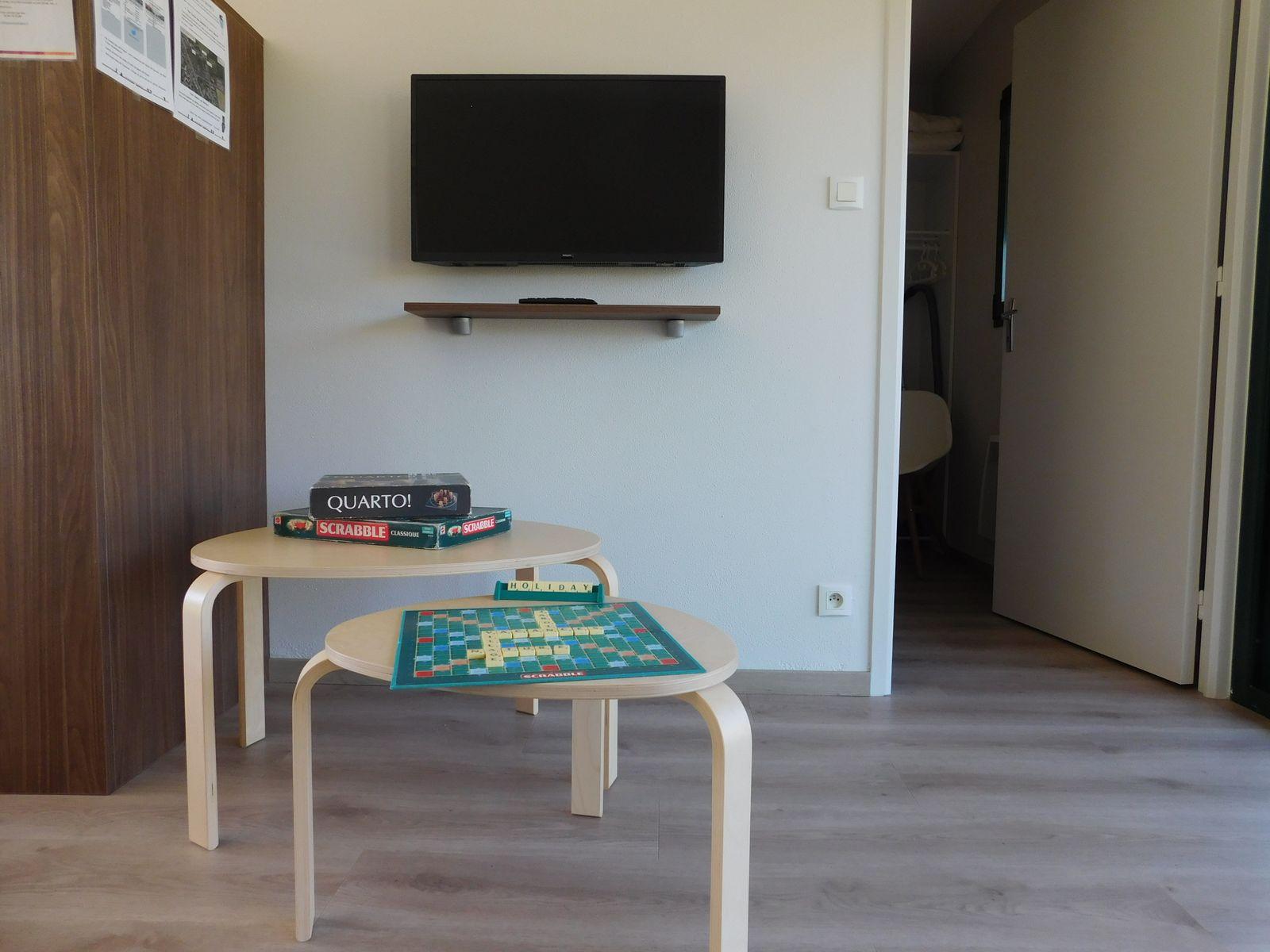 Espace salon, jeux disponibles sur demande