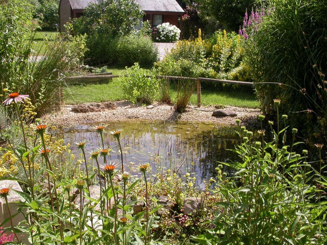 jardins du village de gîtes Nature et Jardin de Bouère