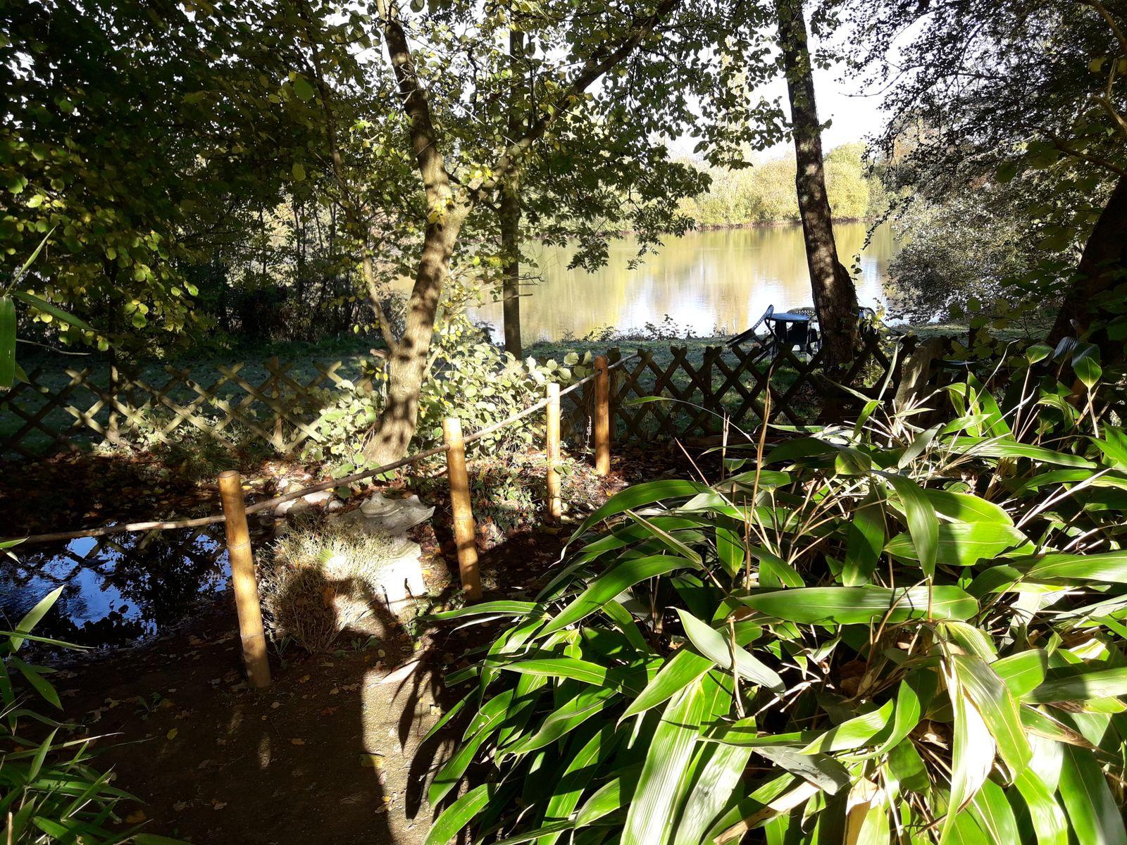 Jardin zen du Village de gîtes Nature et Jardin de Bouère