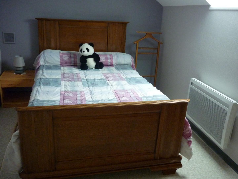 Chambre lit de 120 pour un grand confort rénovée