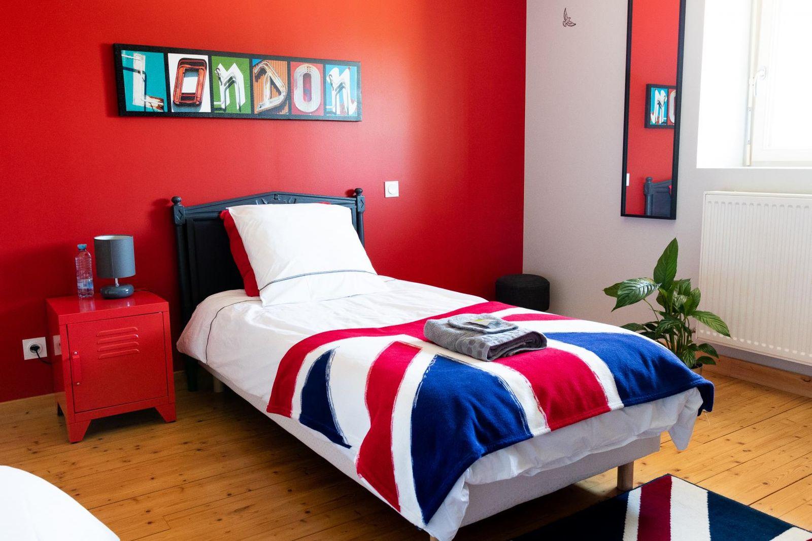 Chambre 3 équipée de 2 lits simples