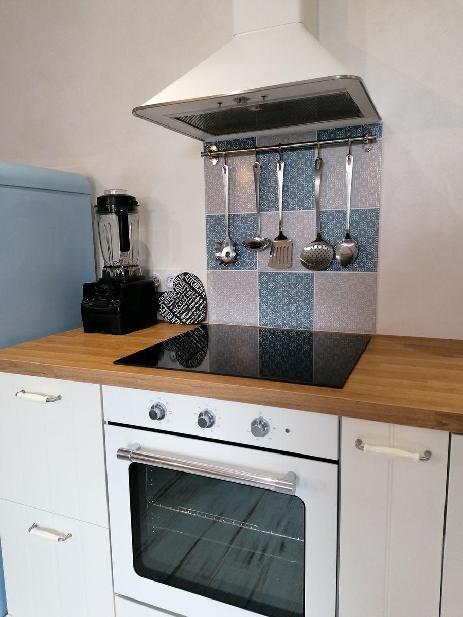 Blender, four, plancha, appareil à raclette, cuiseur vapeur à disposition
