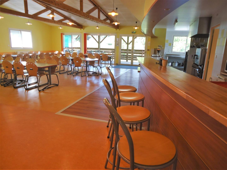 Salle de restaurant 80/100 places  Rez-de-jardin