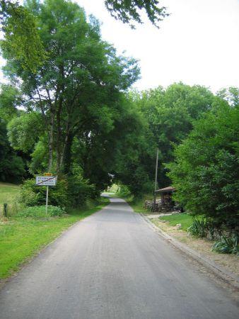 et la sortie du village puisque le gîte est à droite