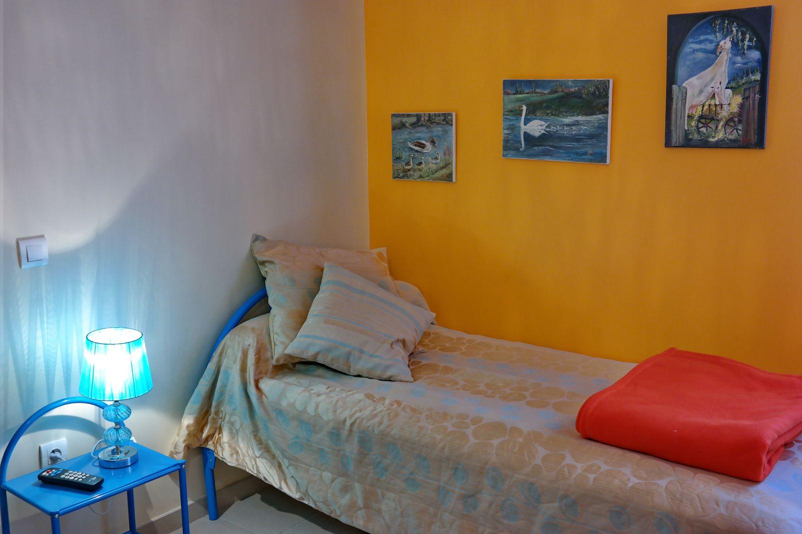 Chambre 2 lits avec tv écran plat