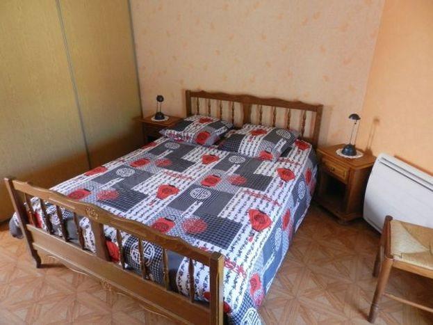 Chambre (2)   lit 2 pers 