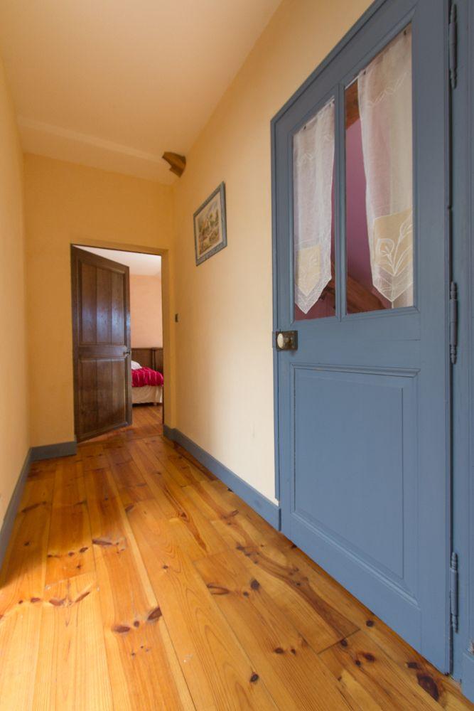 Etage, accès aux chambres