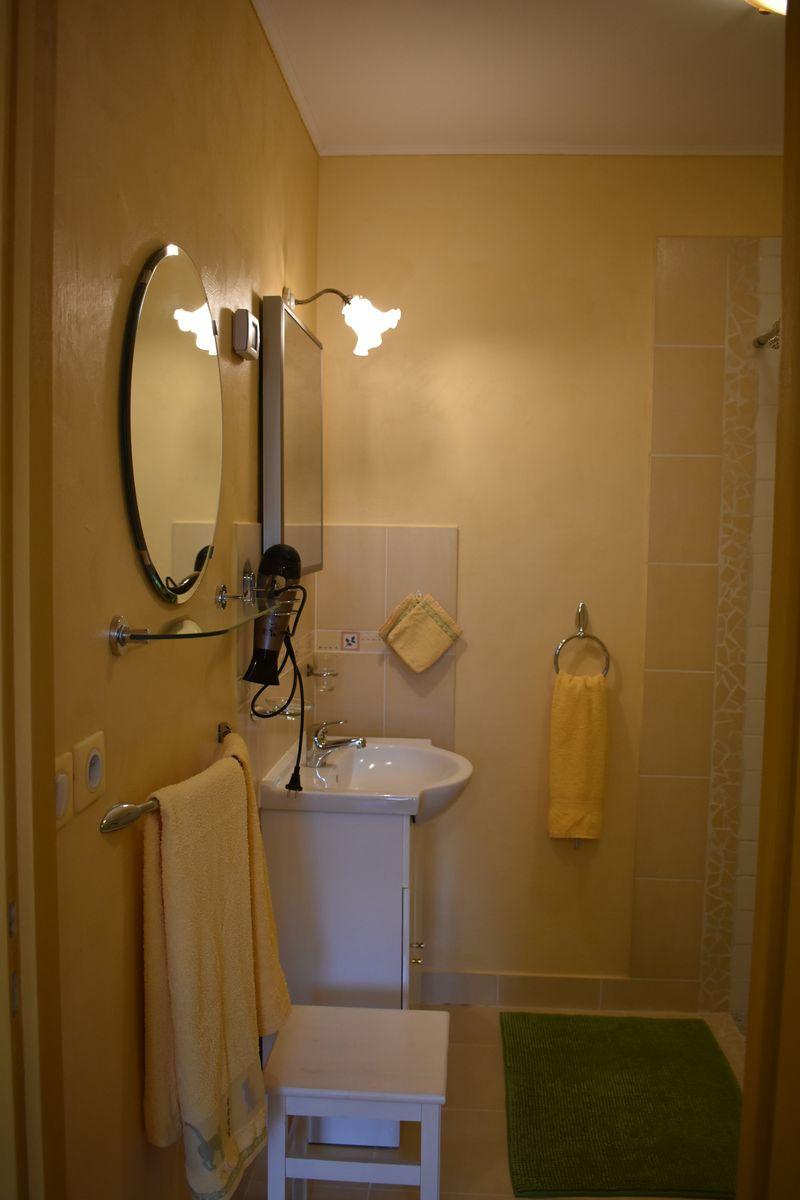 cabinet toilette chambre Margueritte