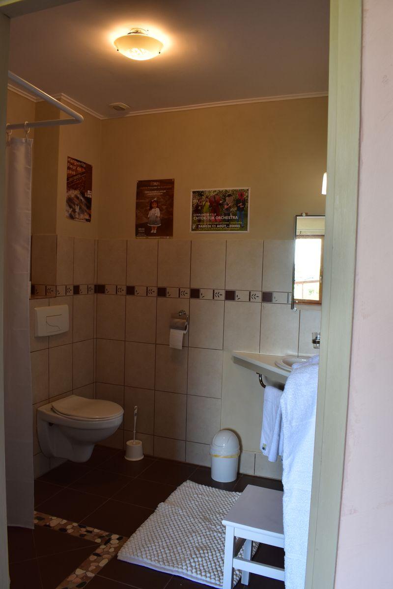 cabinet toilette chambre Suzanne