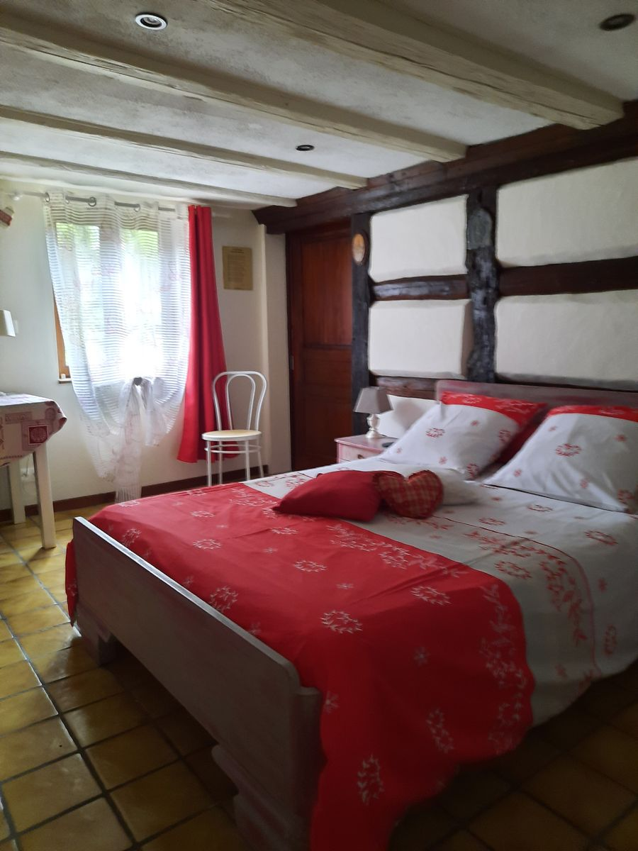 chambre - 1 lit  140/190