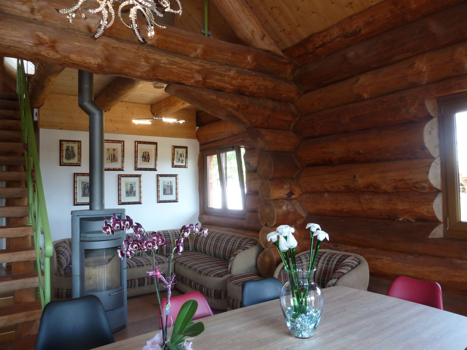 Salon, salle à manger  Poêle à bois
