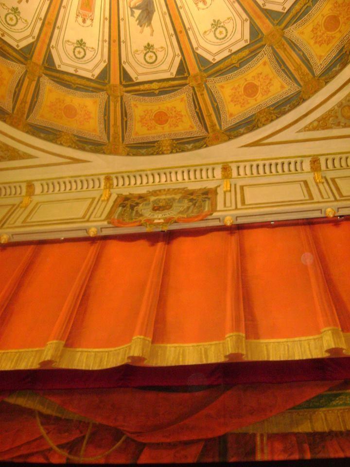 Théâtre de Gray à l'italienne un petit bijou !
