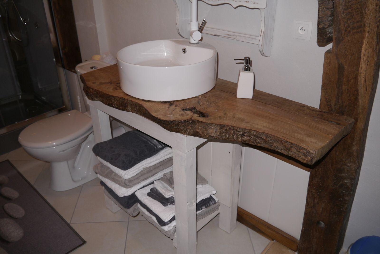 Salle d'eau à l'étage douche à l'italienne, toilettes