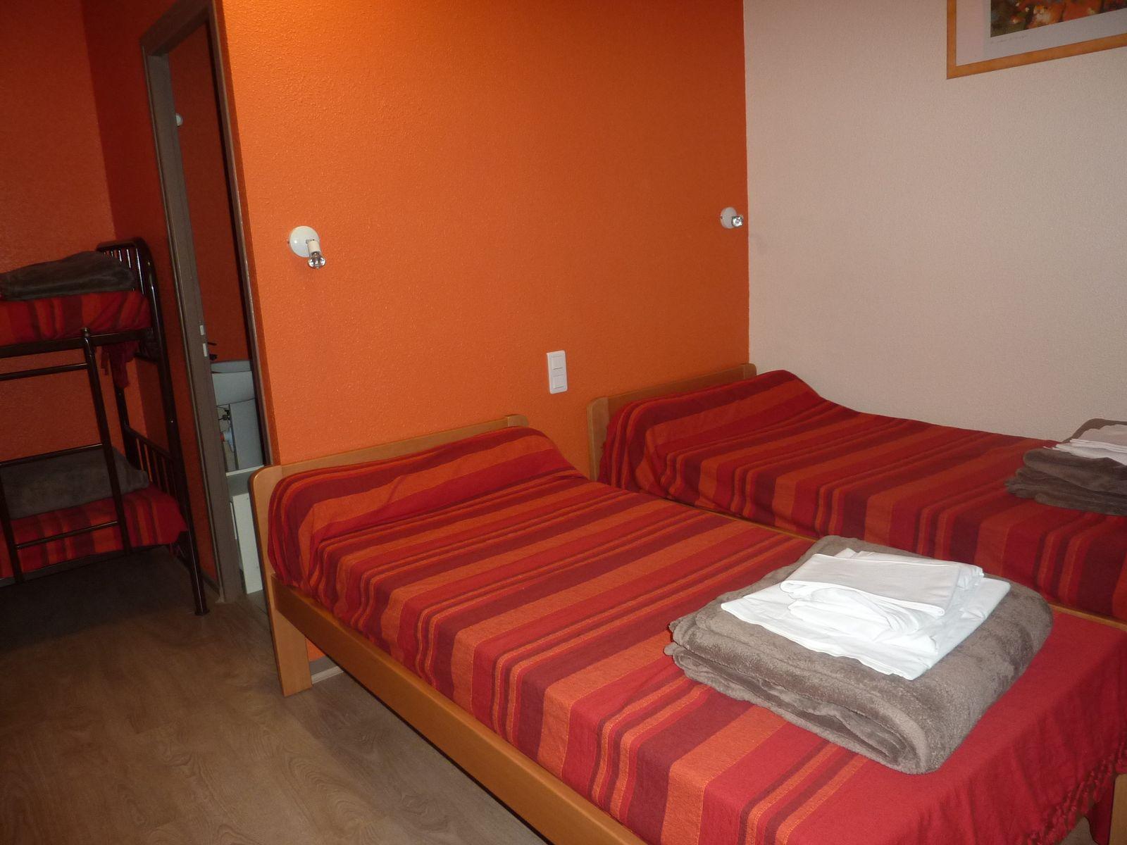 """La chambre 4 pers. """"Orange"""""""