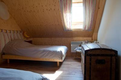 Chambre enfants avec lit bébé