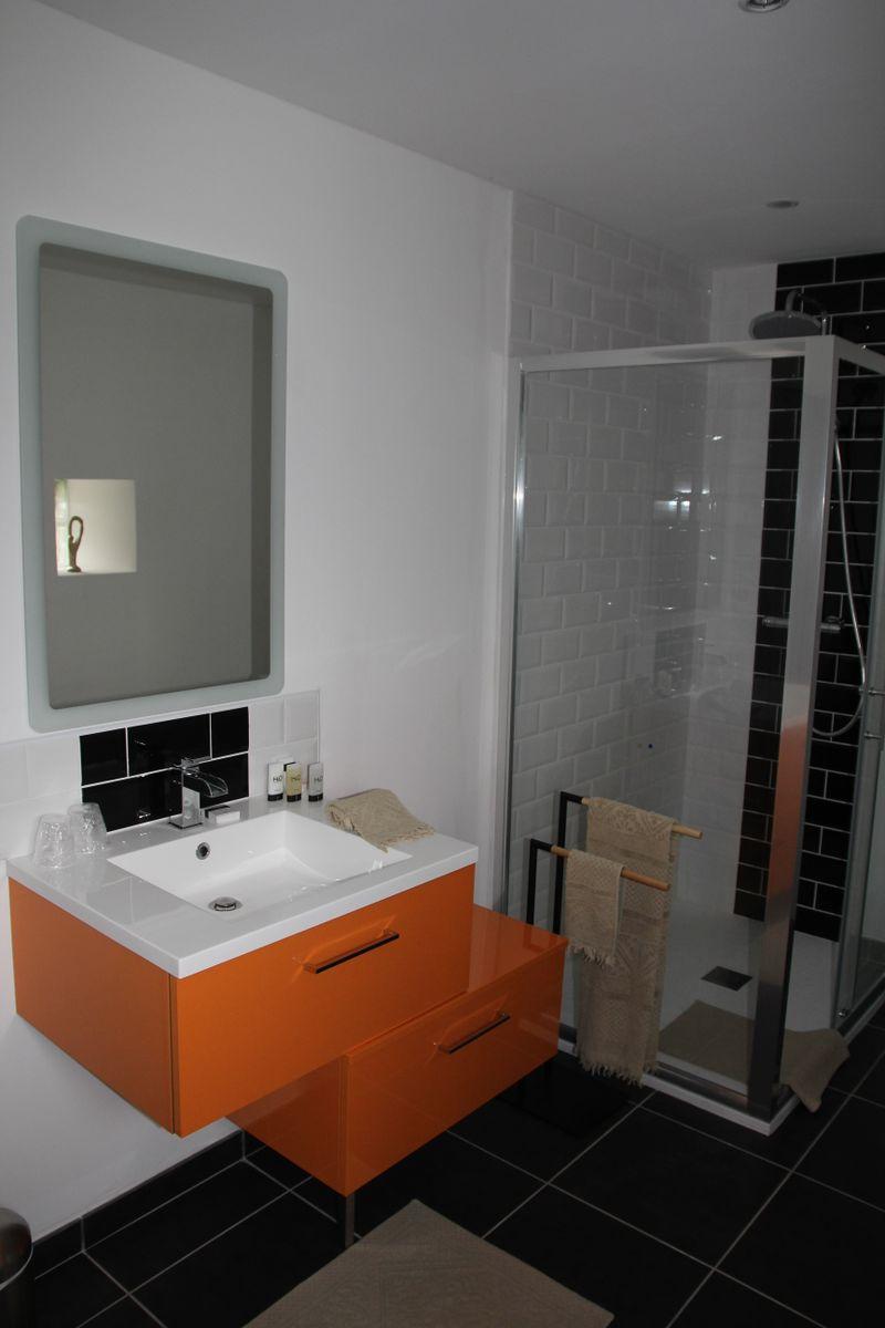salle d'eau privative chambre Bérengère de Navarre