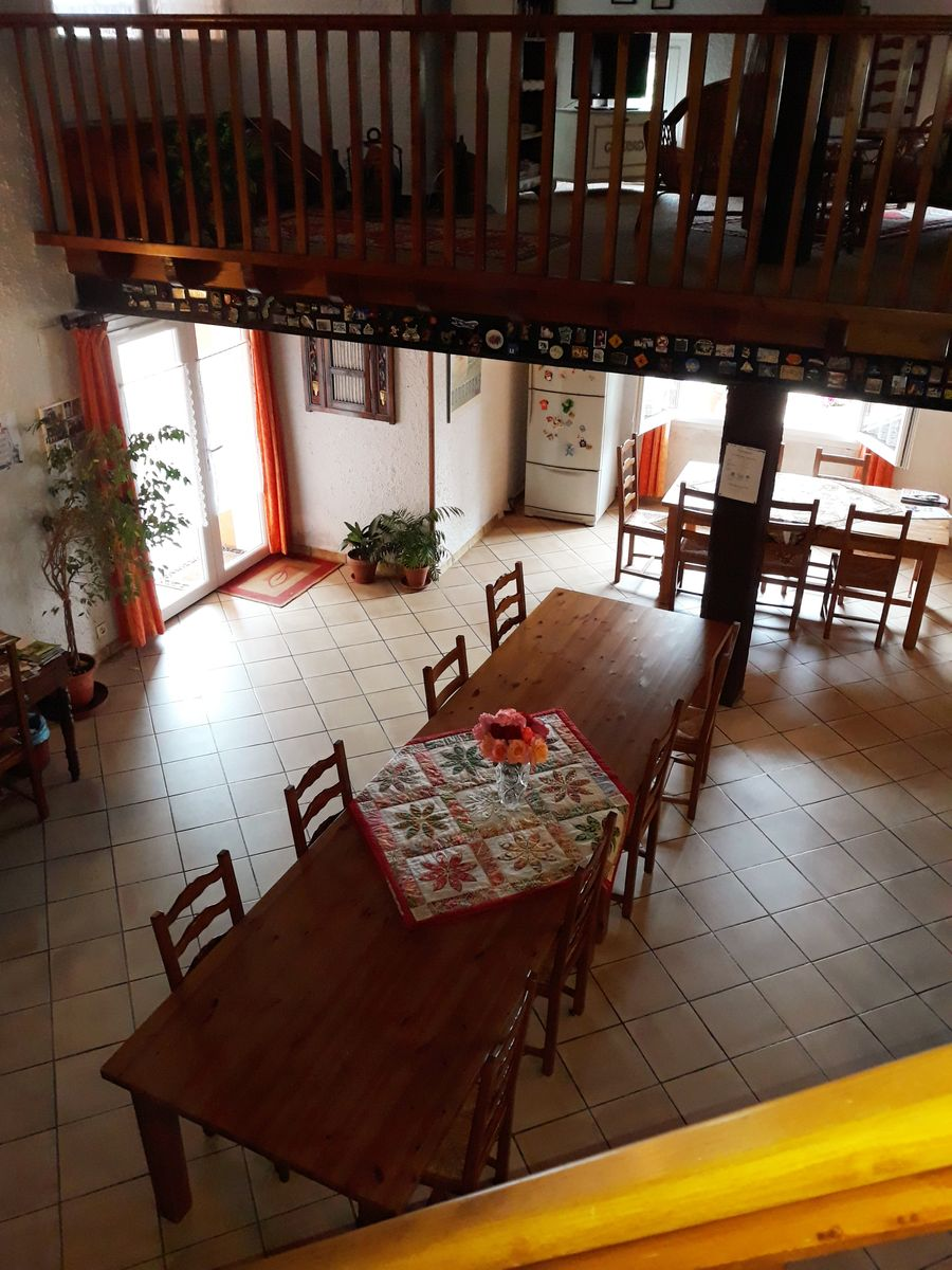 Grande salle des chambres d'hôtes