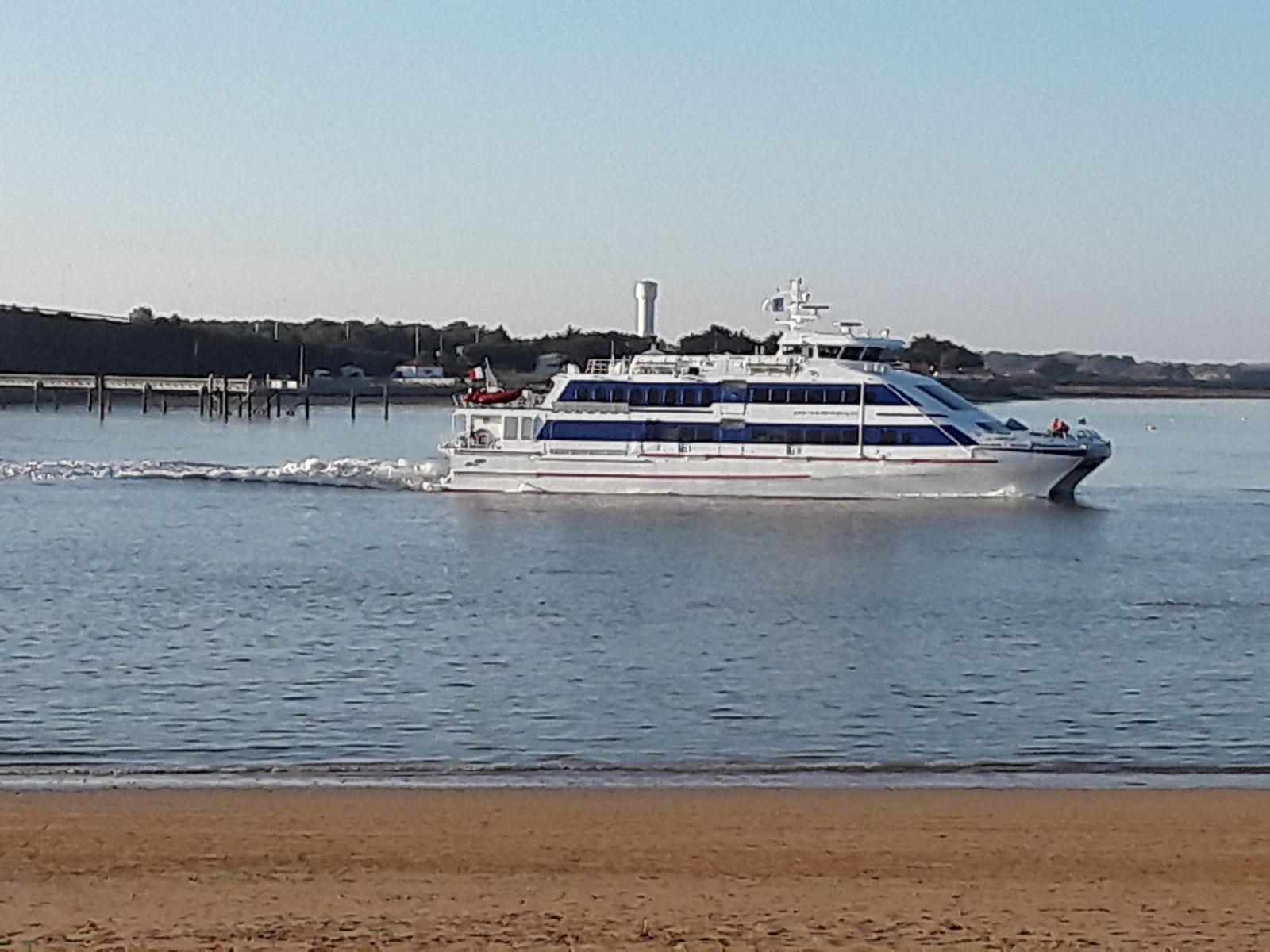 bateau de l'Ile d'Yeu (le châtelet)