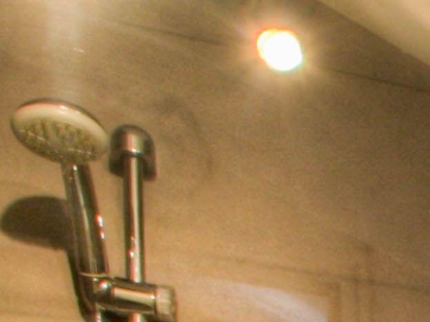 Salle d'eau - à l'étage