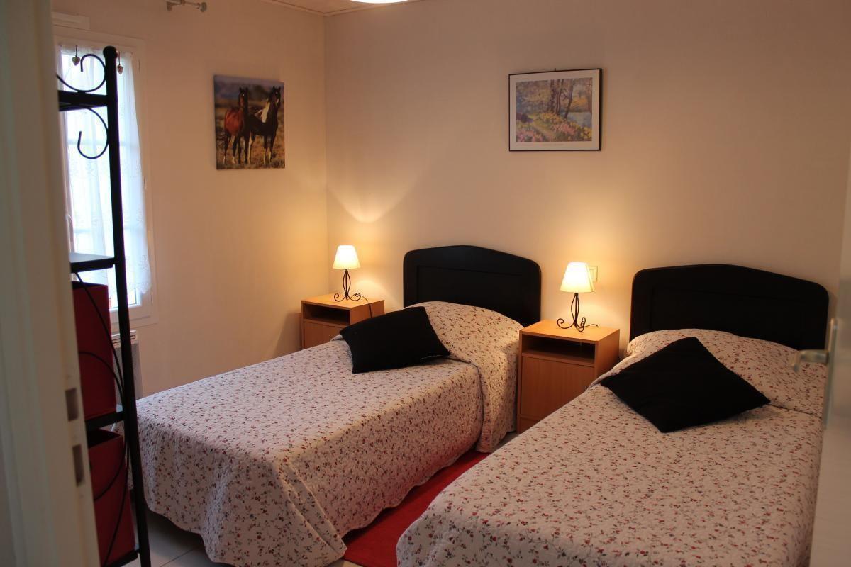 Chambre 2 lits 90 (été)