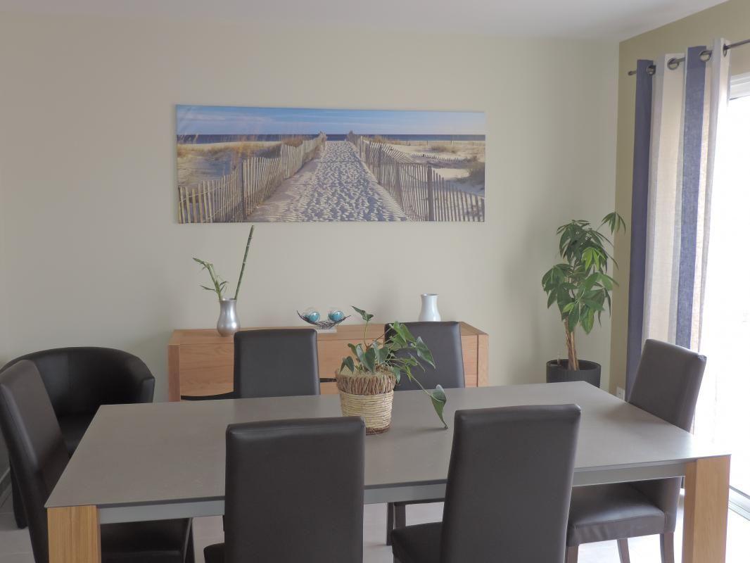 Salle à manger, table céramique + 8 chaises