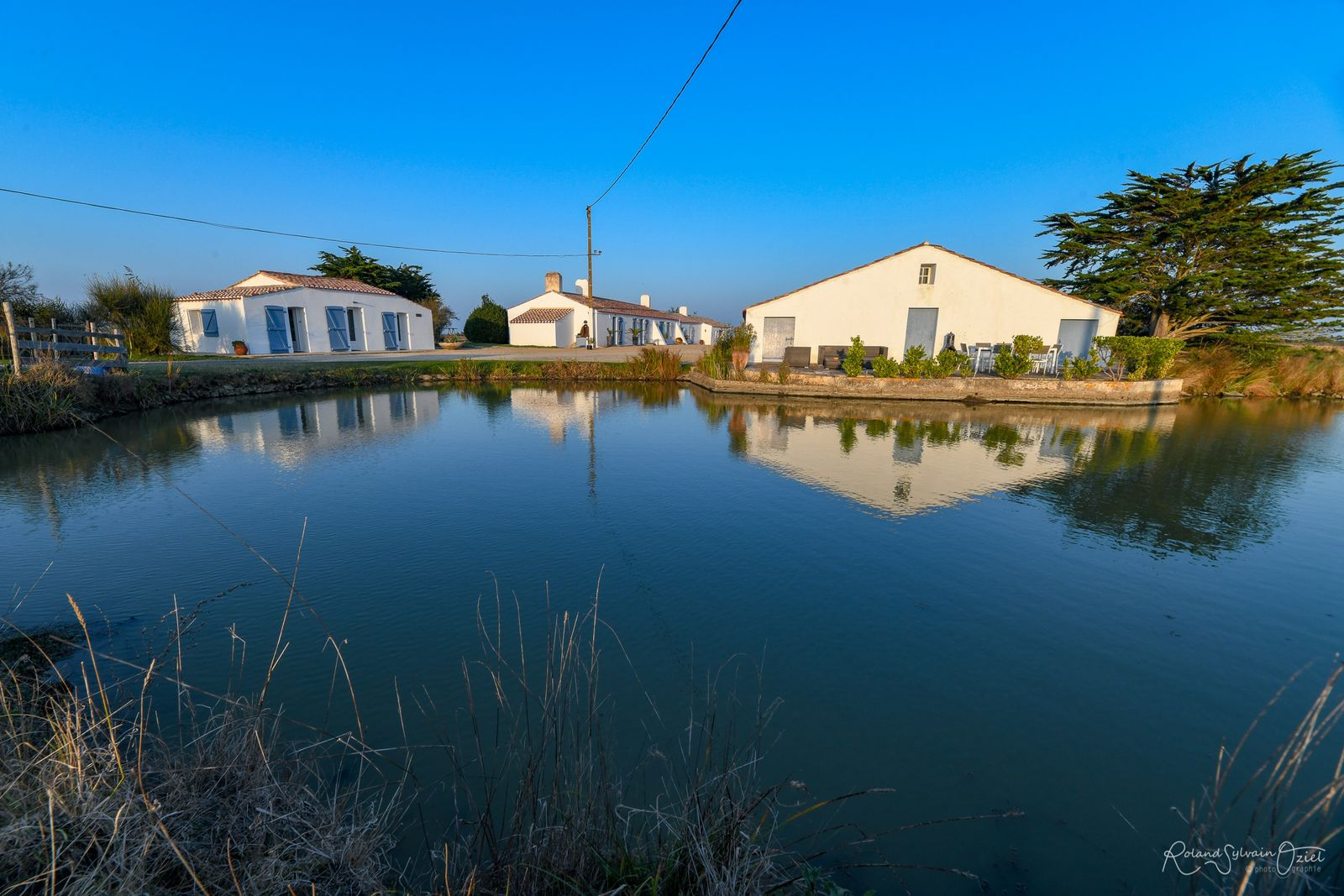 Vue de l'ensemble de la propriété sur 1..5 hectare.