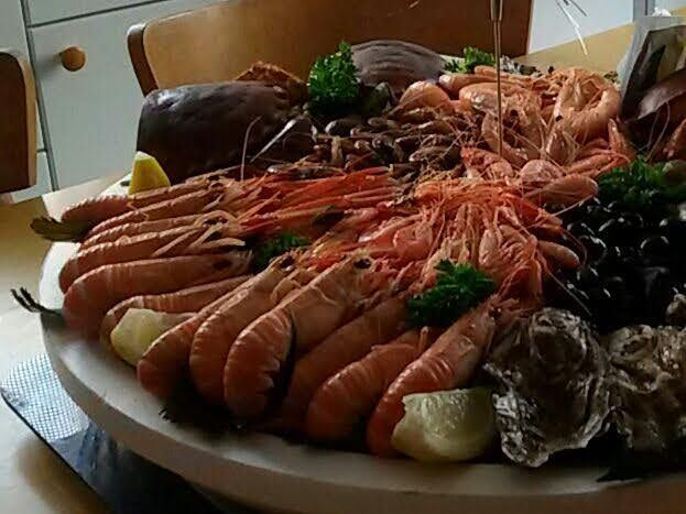 """Pour vous régaler à la maison, les délicieux fruits de mer tout frais de notre poissonnier préféré """"Jean-Fi"""""""