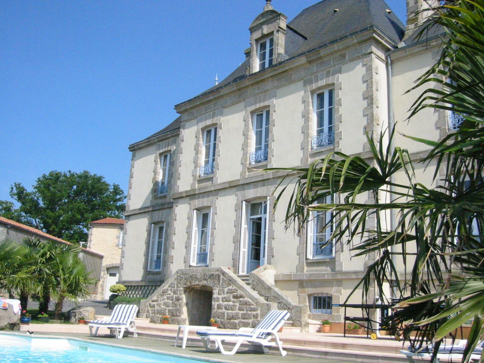 Piscine chateau